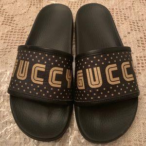 Gucci Flip Flops Sz8